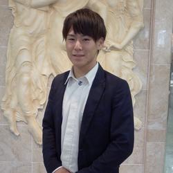 実務実習生 山崎 翔(ヤマザキ ツバサ)